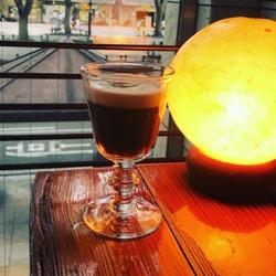 ギャルソン。コーヒーとともに (1).jpg