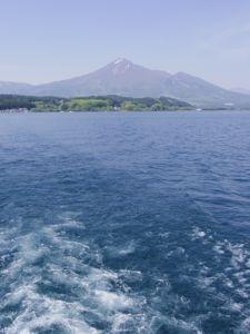 猪苗代湖上からの長め.jpg