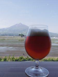 磐梯山meets地ビール.jpg